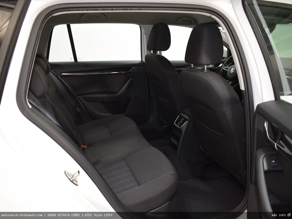 Audi Q3 2.0 TDI 150CV Design edition  QUATTRO S TRON (AUTOMÁTICO 4X4) Diesel de segunda mano 8