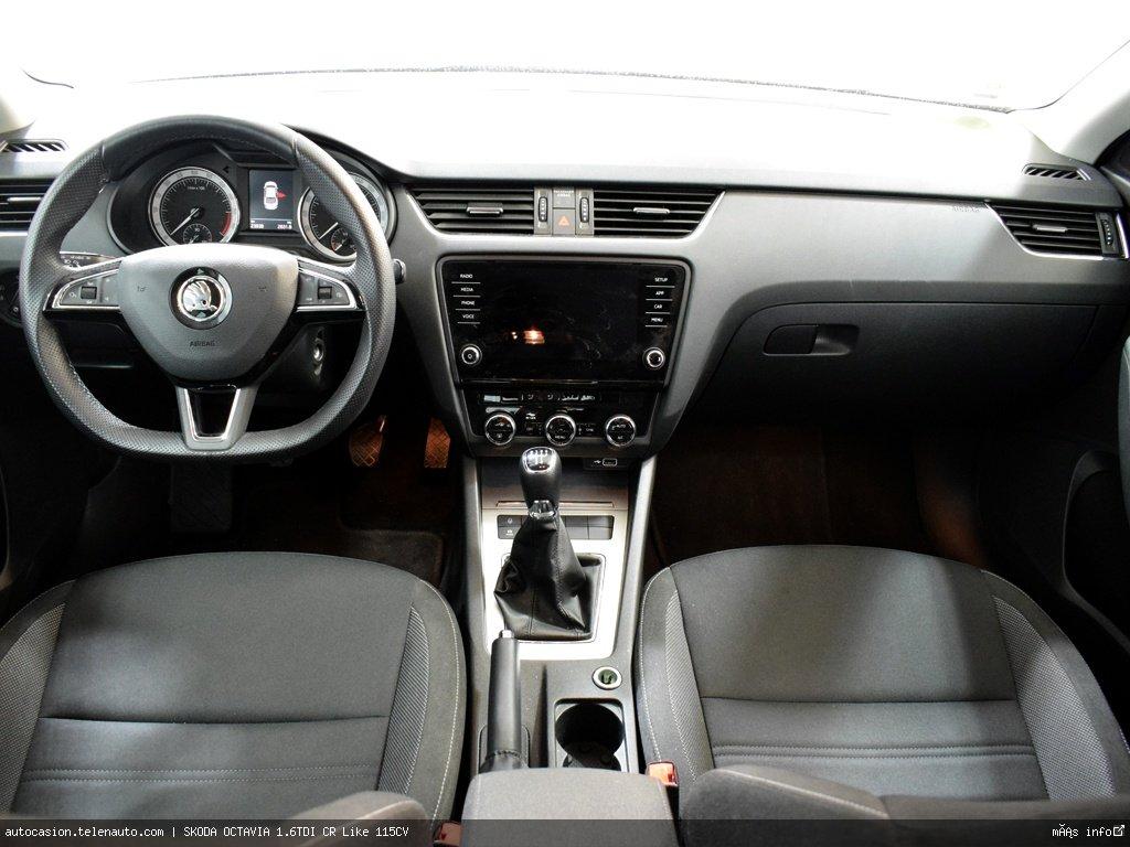 Skoda Octavia 1.6TDI CR Like 115CV Diesel kilometro 0 de ocasión 5
