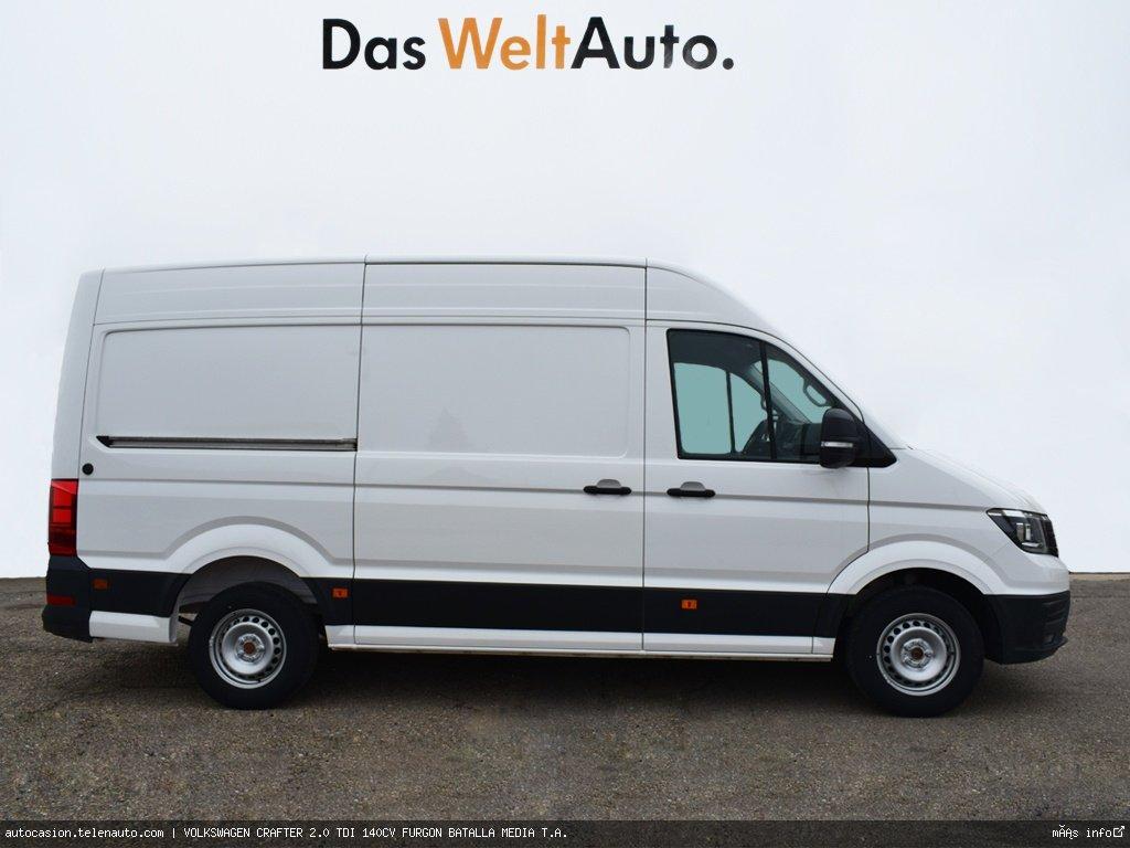 Volkswagen Crafter 2.0 TDI 140CV FURGON BATALLA MEDIA T.A.  Diesel kilometro 0 de segunda mano 2