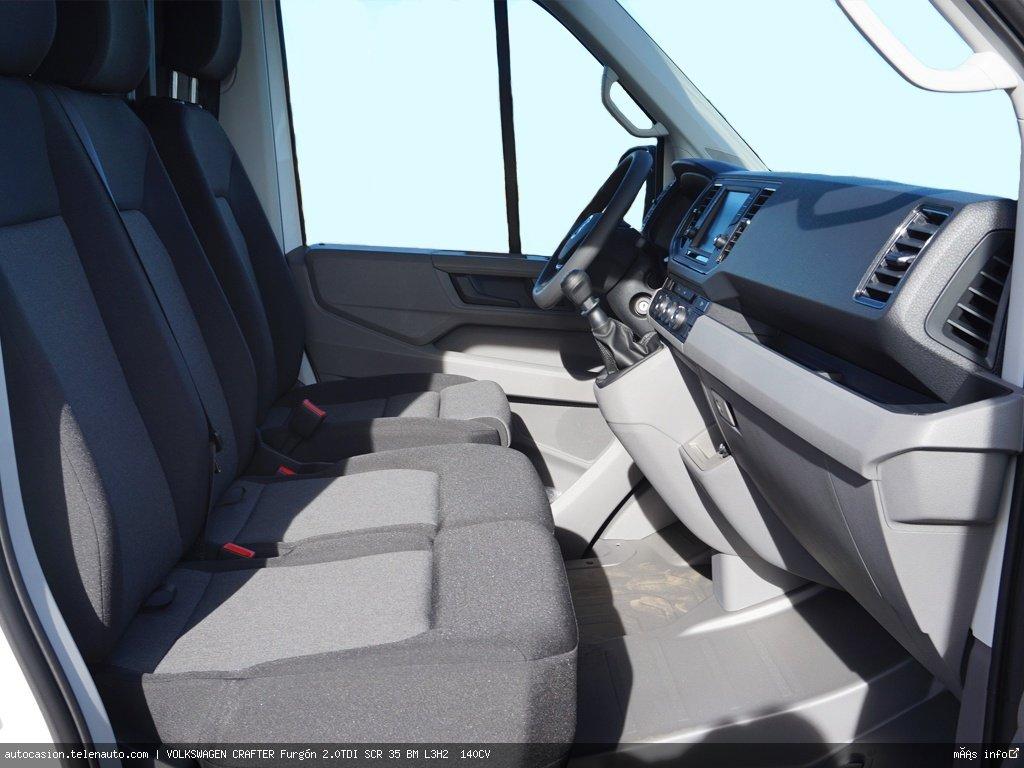 Volkswagen Crafter Furgón 2.0TDI SCR 35 BM L3H2  140CV Diesel seminuevo de segunda mano 4